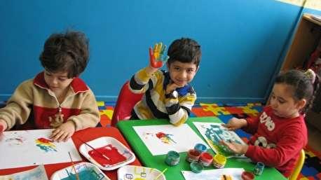 ویدئویی بامزه درباره زبان فارسی با بچههای مهد کودک
