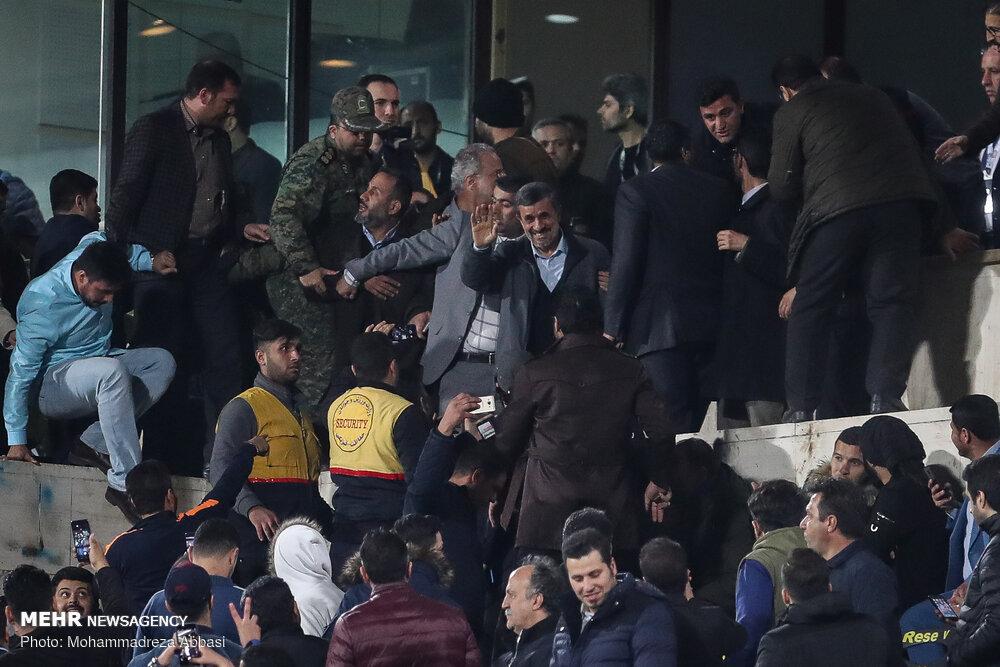 درگیری محافظان احمدی نژاد با یگان ویژه ورزشگاه آزادی