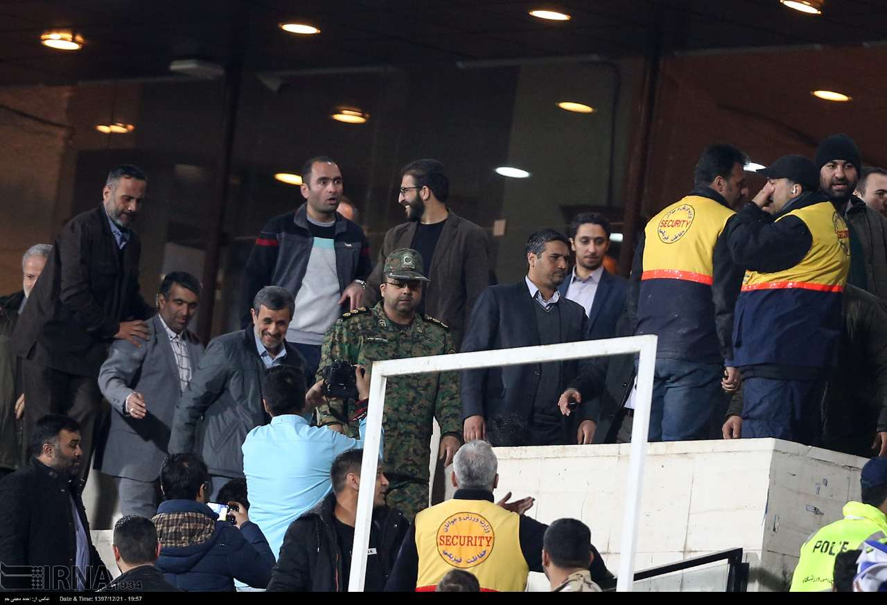 با احمدینژاد هیچ بازیای را نمیشود برد