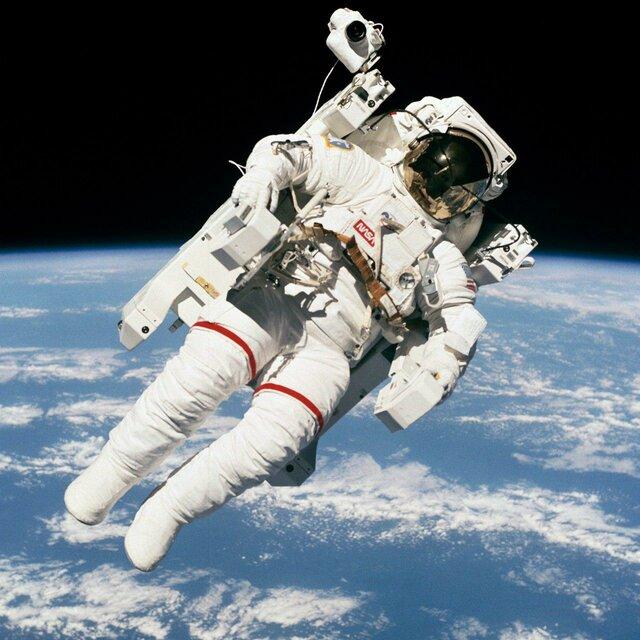 سرگذشت قهرمان مشهورترین عکس فضانوردی