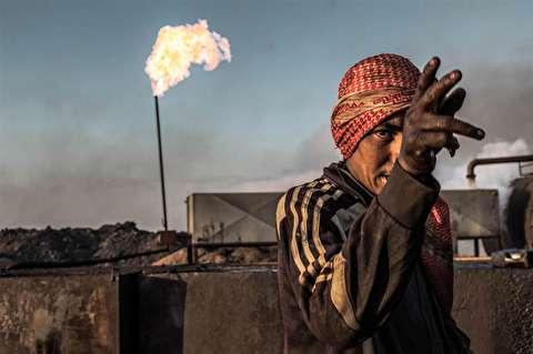 (تصاویر) استخراج نفت به شیوه کُردهای سوریه!