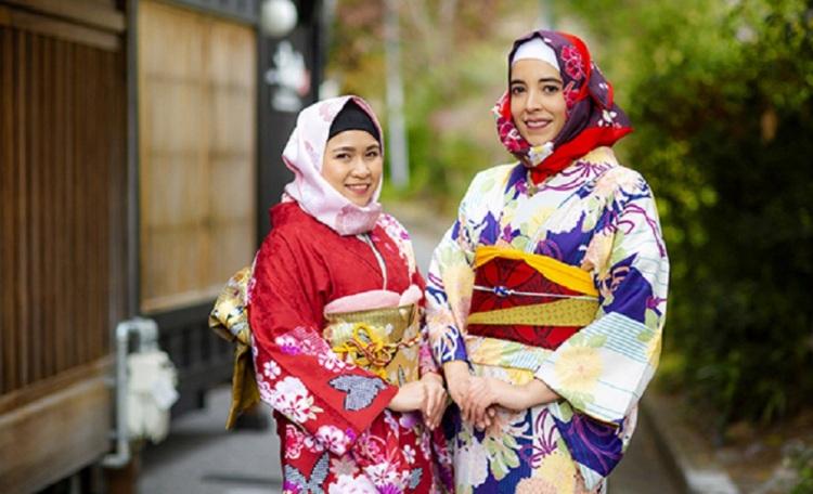 طراحی «کیمونو» مخصوص زنان مسلمان در ژاپن