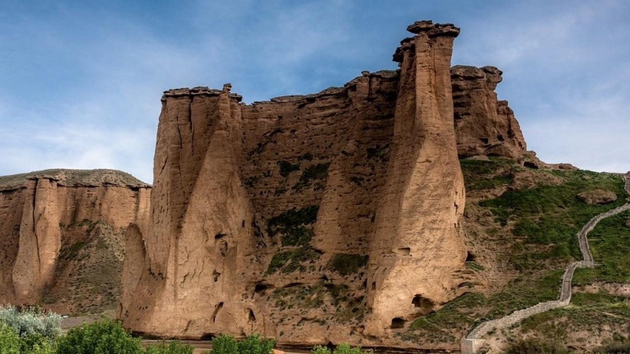 دژ بهستان