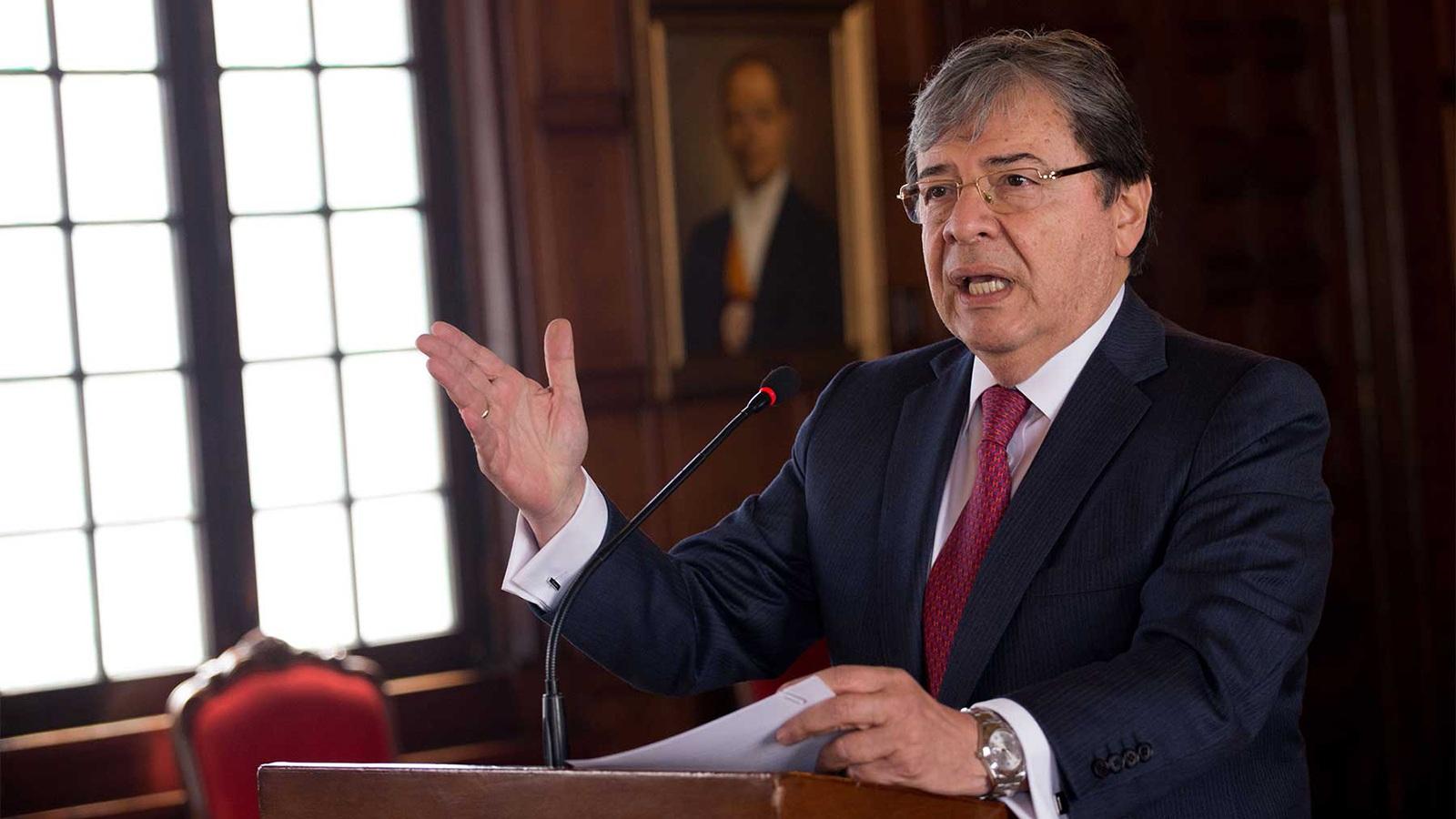 وزیر خارجه کلمبیا