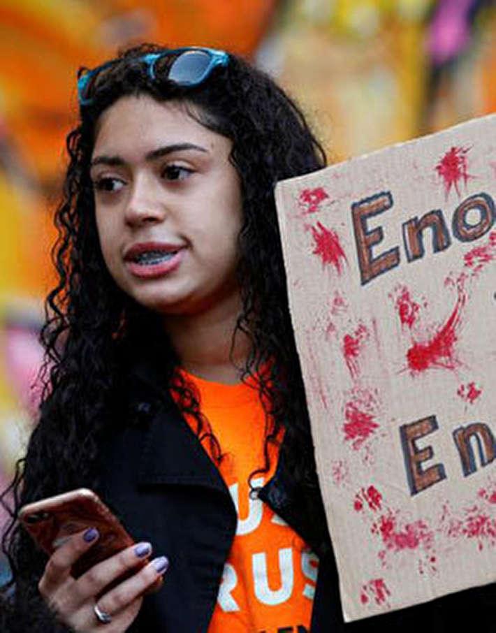 (تصاویر) تظاهرات دانشآموزان آمریکایی علیه حمل سلاح