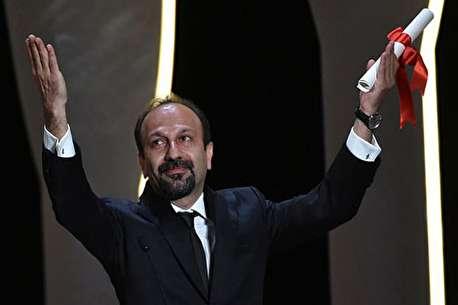(ویدئو) تشویق اصغر فرهادی در جشنواره کن توسط بزرگان سینمای جهان