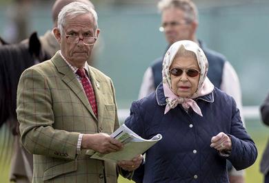 (تصاویر) شمایل متفاوت ملکه انگلیس در وینسور