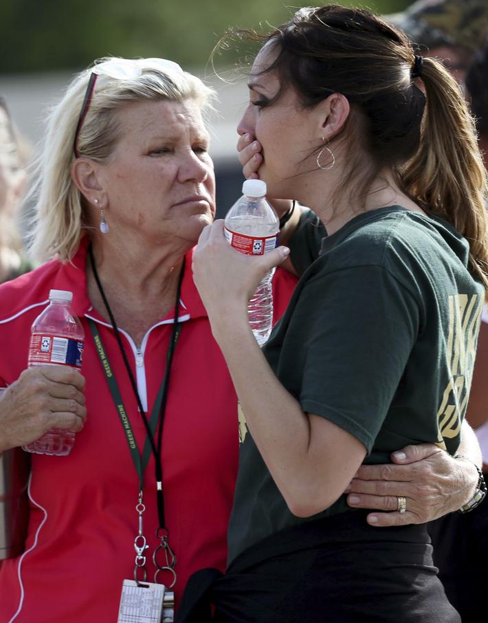 (تصاویر) تیراندازی خونین در مدرسه