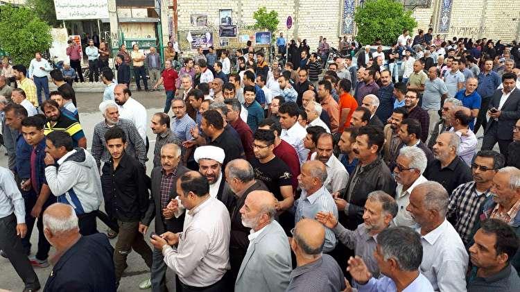 حرکت از صحبتهای یک مقام مسوول در کازرون شروع شد/ برخی افراد که مسئولیتی در تهران دارند پیام میدادند که مردم به خیابان رفته و عکس ارسال کنند/ میخواهند بنده را به عنوان مقصر جلوه دهند