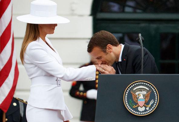 (تصاویر) از بوسیدن دست ملانیا تا شوخی با مکرون