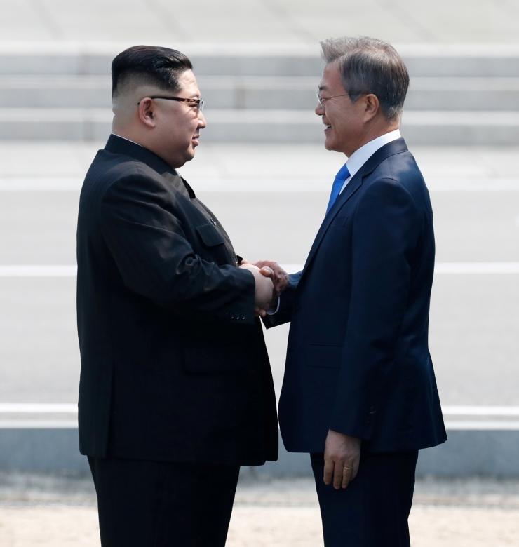 دیدار تاریخیِ «رهبر» و «رئیس»