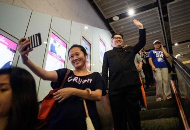 (تصاویر) بدل رهبر کرهشمالی این روزها چه میکند؟