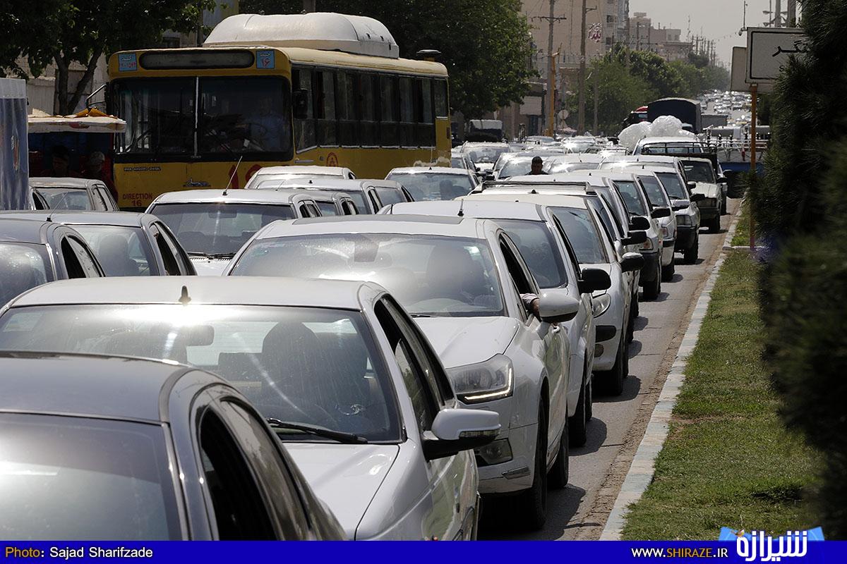 اعتصاب رانندگان کامیون و نفتکش ها در برخی شهرها
