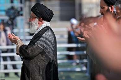 (تصاویر) اقامه نماز عید فطر به امامت رهبر انقلاب