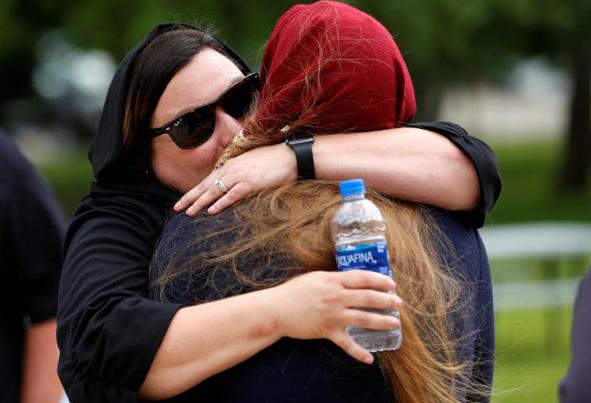 (تصاویر) خاکسپاری دختر پاکستانی قربانی تگزاس