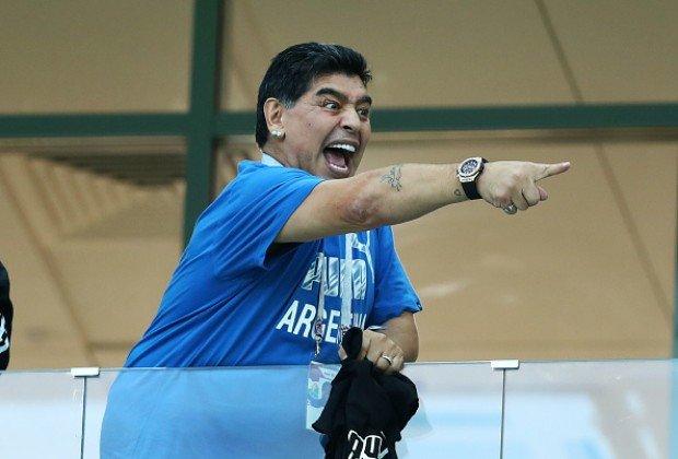 مارادونا دست بردار راموس و بلاتر نیست