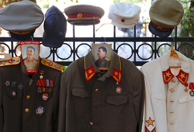 (تصاویر) مخفیگاه زیرزمینی رهبر مخوف شوروی