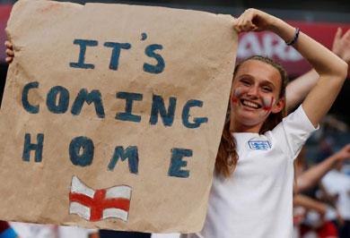 (تصاویر) انگلیسیها بعد از برد تیمشان چه کردند؟
