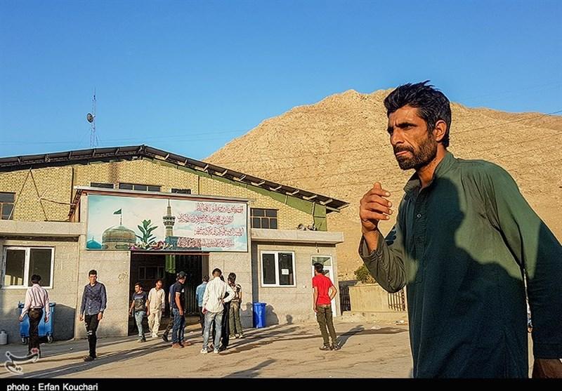 (تصاویر) گزارشی از قلب اردوگاه مهاجران در تهران