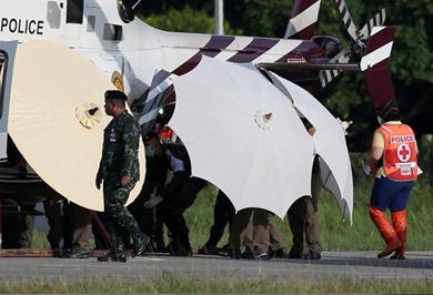 (تصاویر) عملیات پیچیده نجات ۴ نوجوان تایلندی از غار