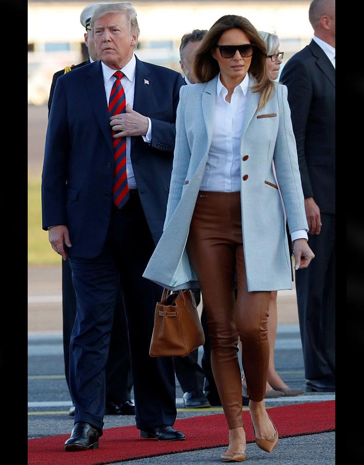 (تصاویر) ورود ترامپ و همسرش به فنلاند برای دیدار با پوتین