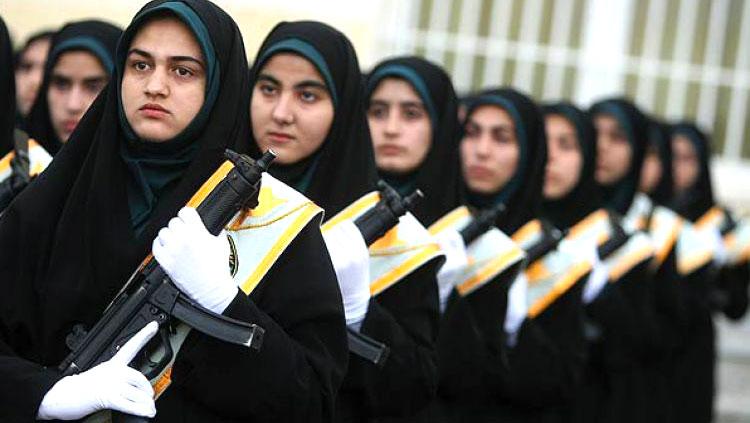 سربازی دختران در کدام کشورها اجباری است؟