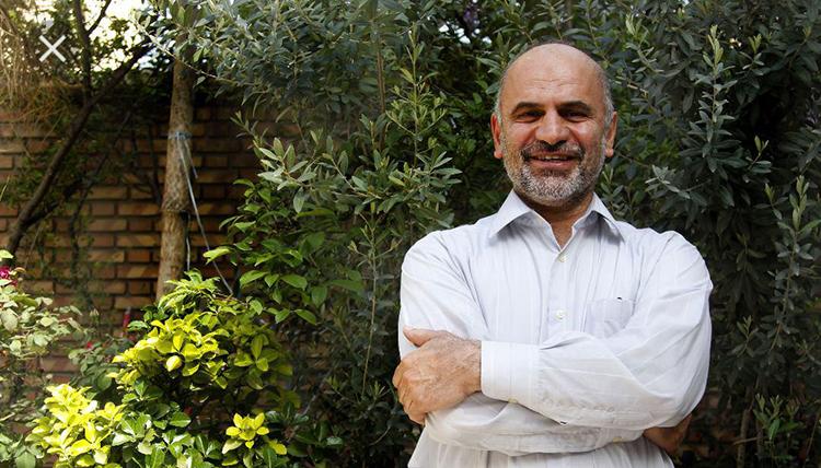 فرشاد مومنی: رانتجویی را برای بقای خود متوقف کنید
