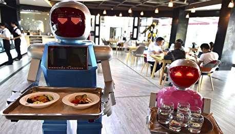 ربات خدمتکار در ژاپن