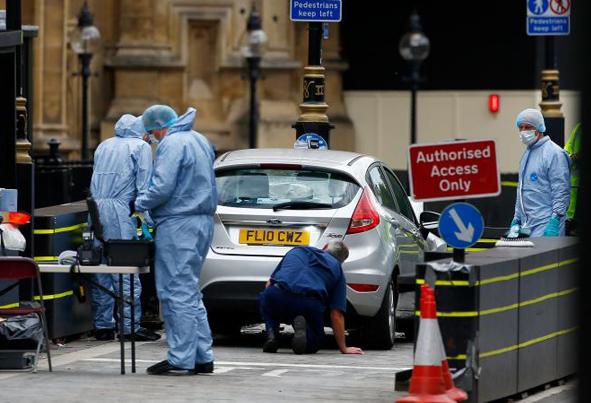 (تصاویر) حمله تروریستی به پارلمان انگلستان