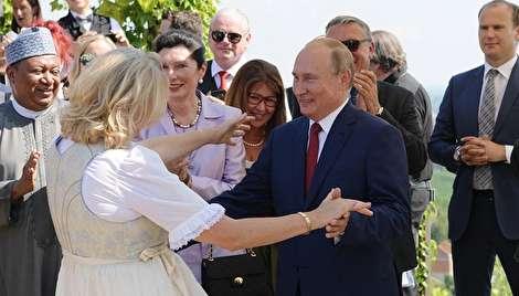 رقص پوتین در مراسم عروسی وزیرخارجه اتریش