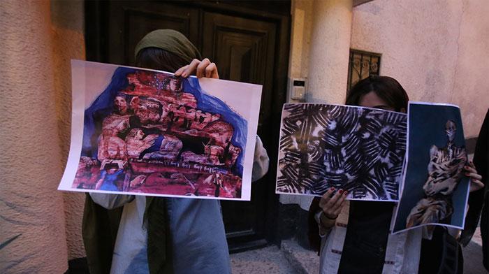 رسوایی خانم کارگردان؛ نقاشیهای تهمینه میلانی کپی از آب درآمد