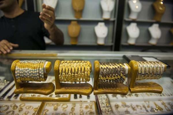 ورود و خروج سکه و زیورآلات زنانه ممنوع است
