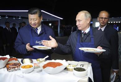 (تصاویر)  آشپزی پوتین و رئیسجمهور چین سوژه شد