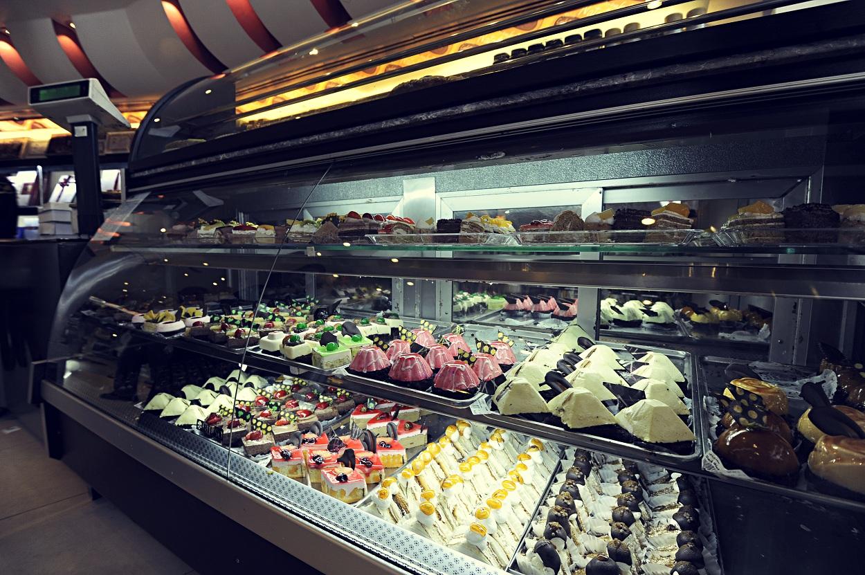 کاهش ۴۰ درصدی مصرف شیرینی و شکلات در کشور