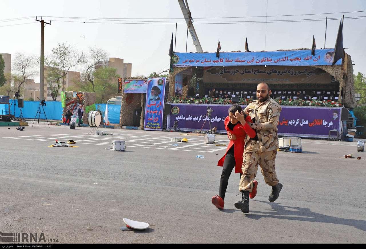 تصاویر/ تلاش برای نجات در حمله تروریستی اهواز