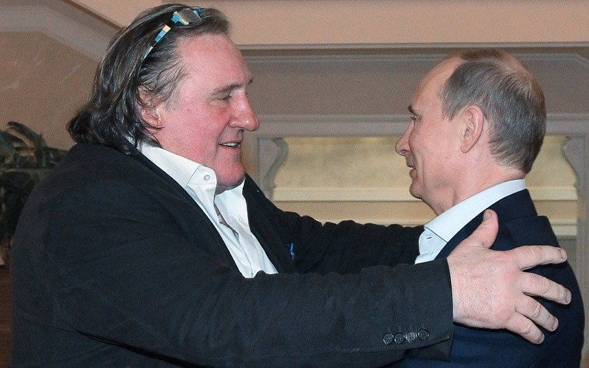 سوپراستار نزدیک به پوتین به تجاوز متهم شد