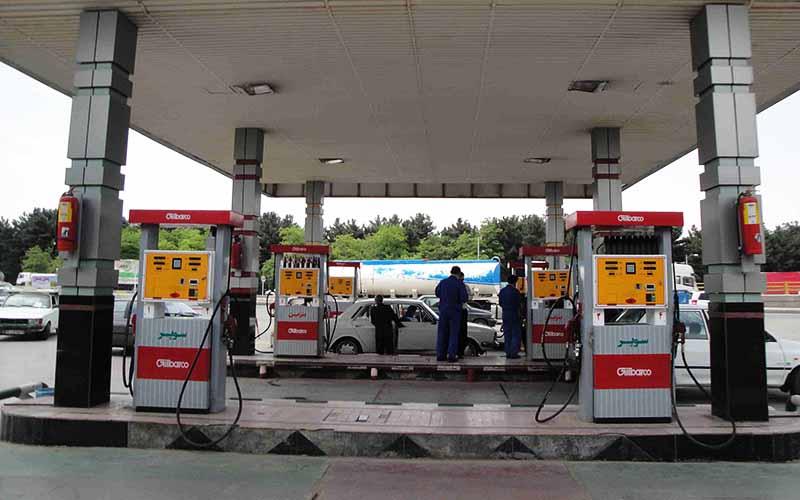 بررسی همه احتمالات درباره آینده قیمت بنزین