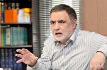 ناصر ایمانی: نمیتوانند تفسیر را به همهپرسی بگذارند