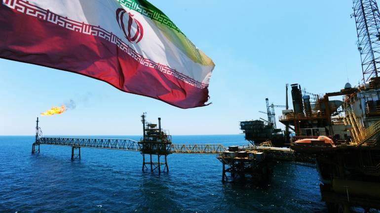افزایش ۵ دلاری قیمت نفت ایران همزمان با کاهش تولید
