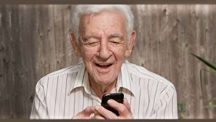 درمان افسردگی در سالمندان به کمک شبکههای اجتماعی