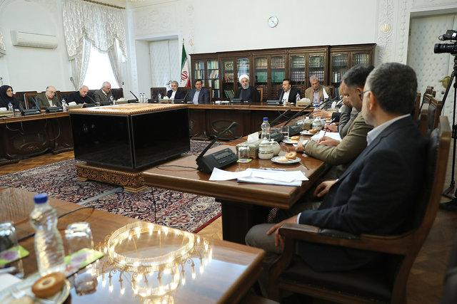 روحانی: در شرایط بحرانی نیستیم
