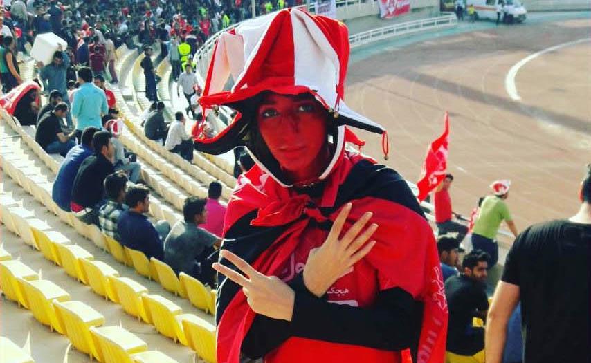 پلیسهای زن دوباره از ابتدای صبح در ورزشگاه آزادی