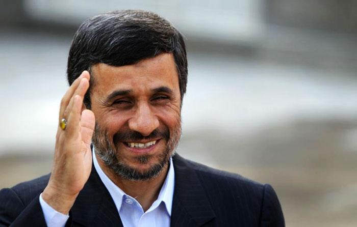 واکنش تازه اصولگرایان به رفتارهای احمدینژاد؛ او بیمار است!