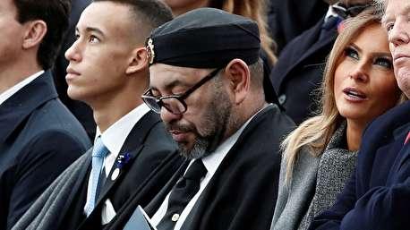 (ویدیو) خوابیدن پادشاه مراکش در کنار ملانیا ترامپ