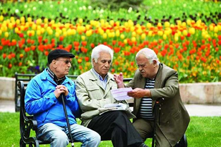 پیچ و خمهای قانون بازنشستگی؛ چرا باید زورکی به خانه فرستادشان؟