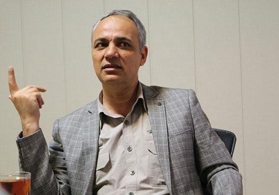 گفتگو با احمد زیدآبادی درباره زندگینامه خواندنی و پرفروشاش