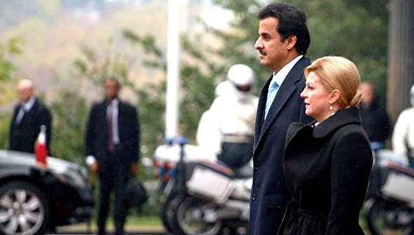 (تصاویر) استقبال رئیس جمهور کرواسی از امیر قطر