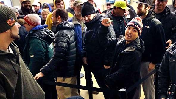 (تصاویر) صف خرید ماریجوآنا در آمریکا