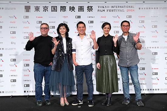(تصویر) ترانه علیدوستی در جمع داوران جشنواره توکیو
