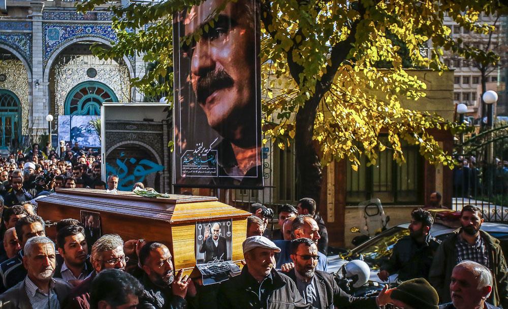 (تصاویر) هنرمندان در مراسم بدرقه ابوالفضل زرویی به خانه ابدی